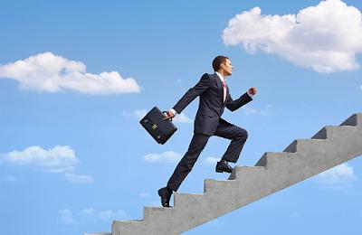 7 Tips Meraih Kesuksesan dalam Pekerjaan Anda