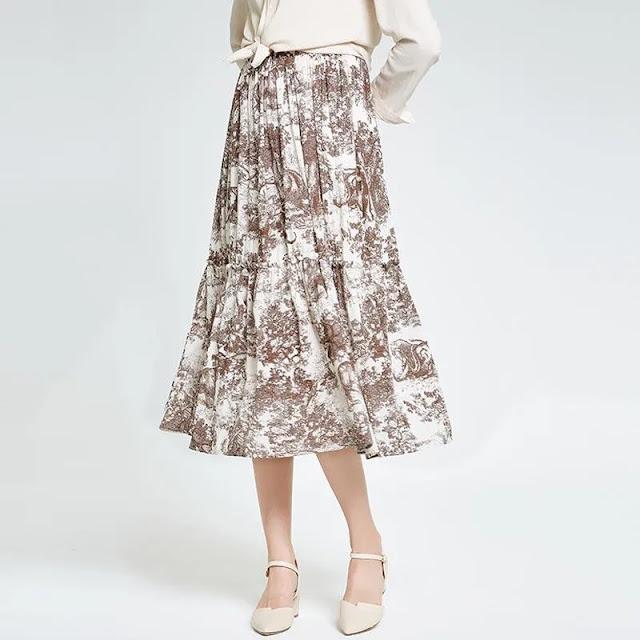 Pleated Flower Motif Skirt