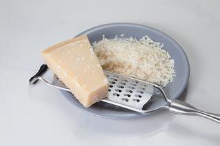 Bahan keju untuk umpan putih ikan mas