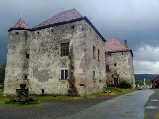 Чинадиево. Замок Сент-Миклош. 14 в.