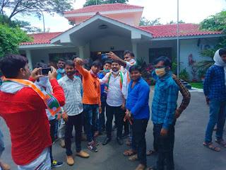 70 युवा कार्यकर्ताओं ने कांग्रेस का दामन थाम एनएसयूआई के प्रदेश महासचिव ने पूरी ताकत से अपने संगठन को मजबूत किया - कमलनाथ