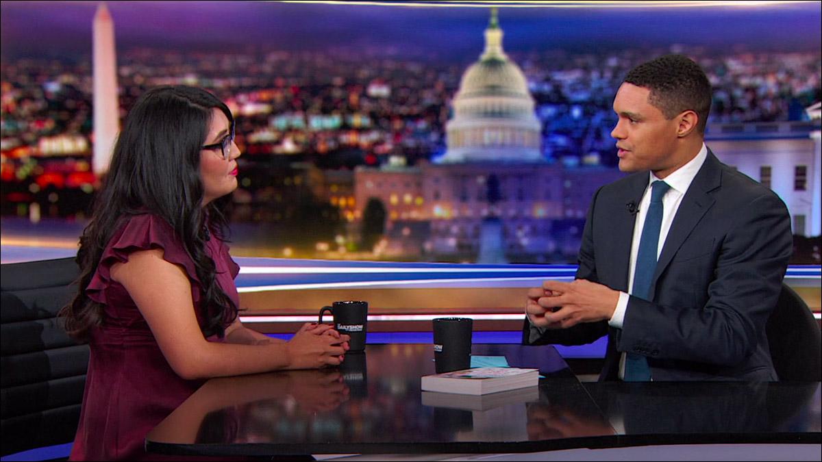 Jenny Han talks rom com representation on 'The Daily Show'