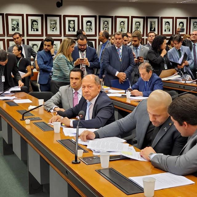 Comissão de Minas e Energia da Câmara dos Deputados: Deputado Coronel Chrisostomo  é de acordo com propostas de aumentar concorrência para baratear o custo