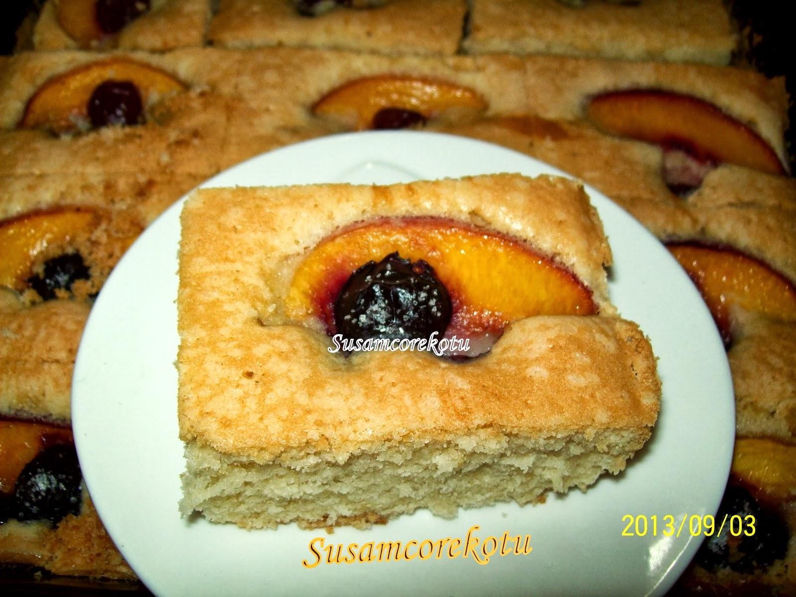 Meyveli Fındıklı Çörek