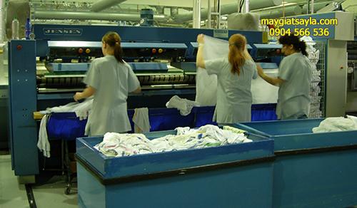 Giá máy là khăn ga công nghiệp cho bệnh viện khách sạn xưởng giặt