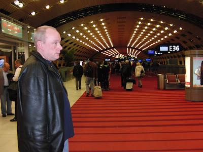 Udo_auf_dem_Flughafen