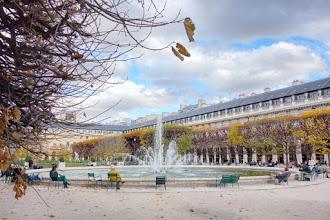 Paris : Jardin du Palais Royal, quiétude bourgeoise contemporaine et mémoire d'un passé sulfureux  - Ier