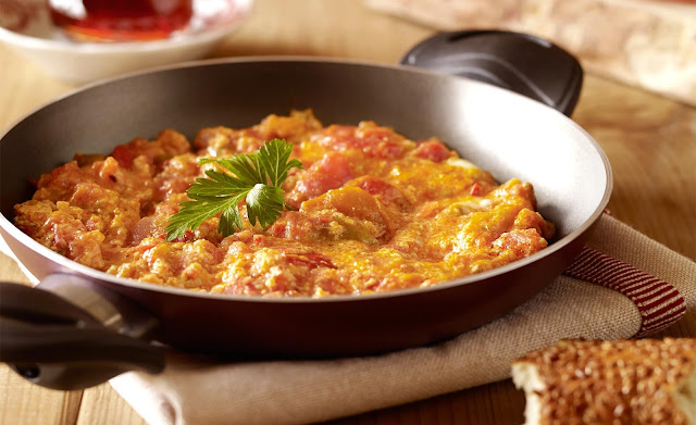 Menemen (Scrambled Eggs with Vegetables)