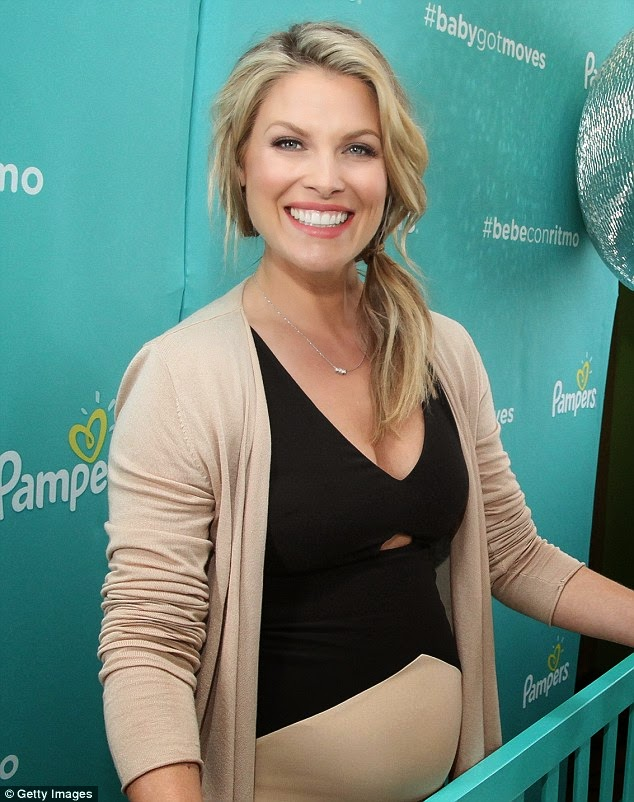 Ali Larter is gorgeous in black and beige