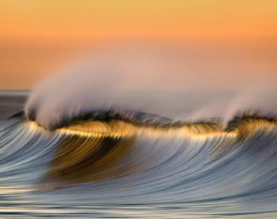 صور خلفيات امواج المحيط بجودة HD