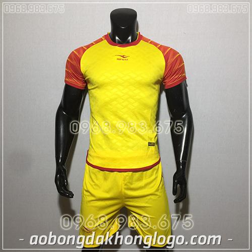Áo bóng đá ko logo KeepFly VIP màu vàng