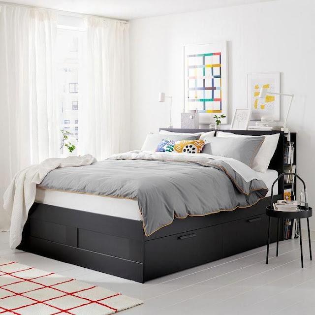 Mẫu giường ngủ gỗ có ngăn kéo.