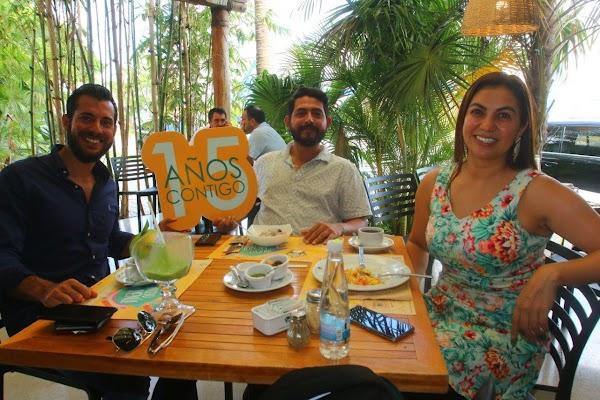 15 años contigo en 100% natural Mérida