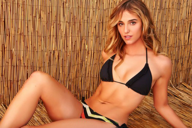 Hot sexy women having a lot of fun cumming 2