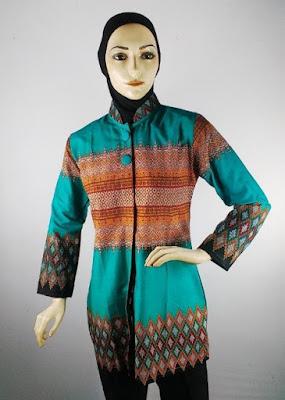 Baju Batik 2 Warna Kombinasi Jilbab
