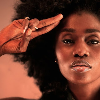 http://beanballmedia.blogspot.fr/2015/09/super-star-tuesday-with-ty-bello.html