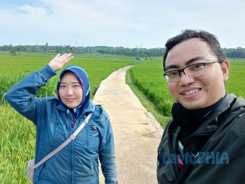 Hasil Foto Kamera Depan Xiaomi Redmi Note 9