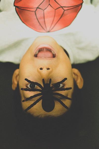 Sesión-de-fotos-creativa-sobre-el-tema-de-Halloween