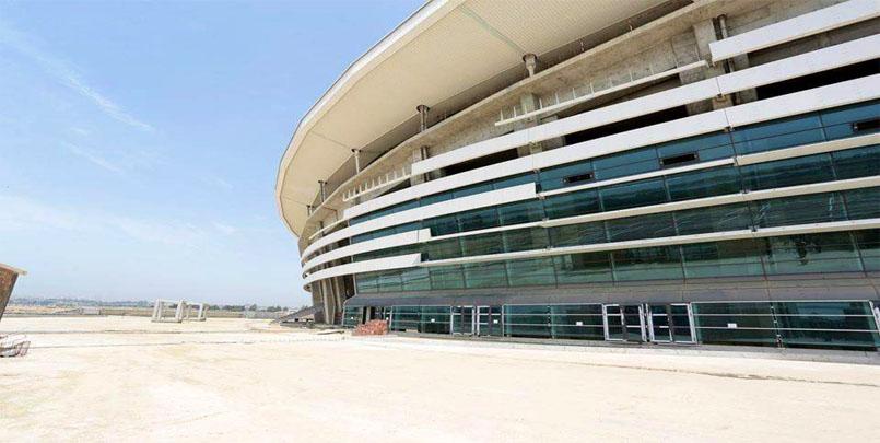 الأشغال بملعب براقي,Stade de Baraki
