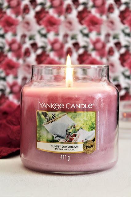 Rêverie au Soleil Yankee Candle avis, yankee candle sunny daydream, sunny daydream yankee candle avis, avis reverie au soleil yankee candle, bougie parfumée, bougie yankee candle avis, garden hideaway yankee candle, yankee candle