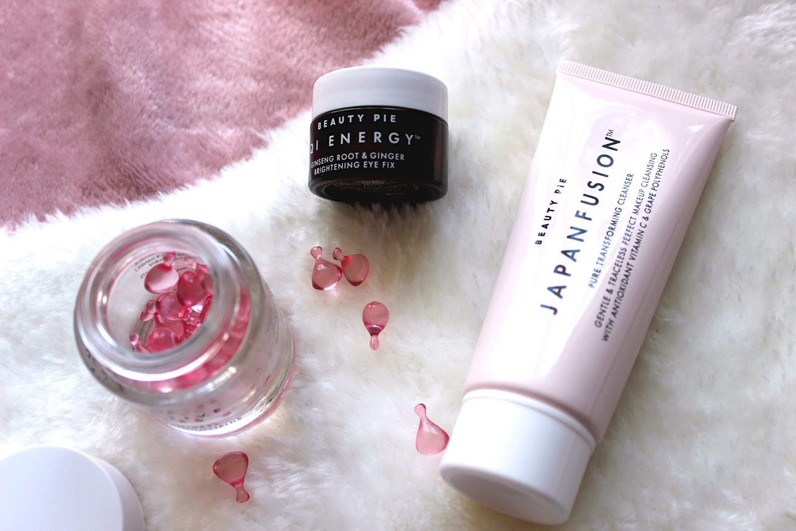 Beauty Pie продукти за грижа за кожата