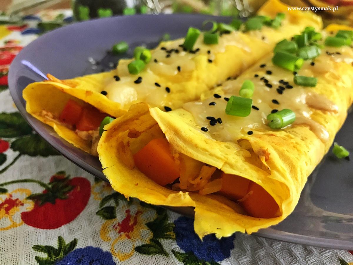 Naleśniki z farszem curry na bazie resztek z rosołu