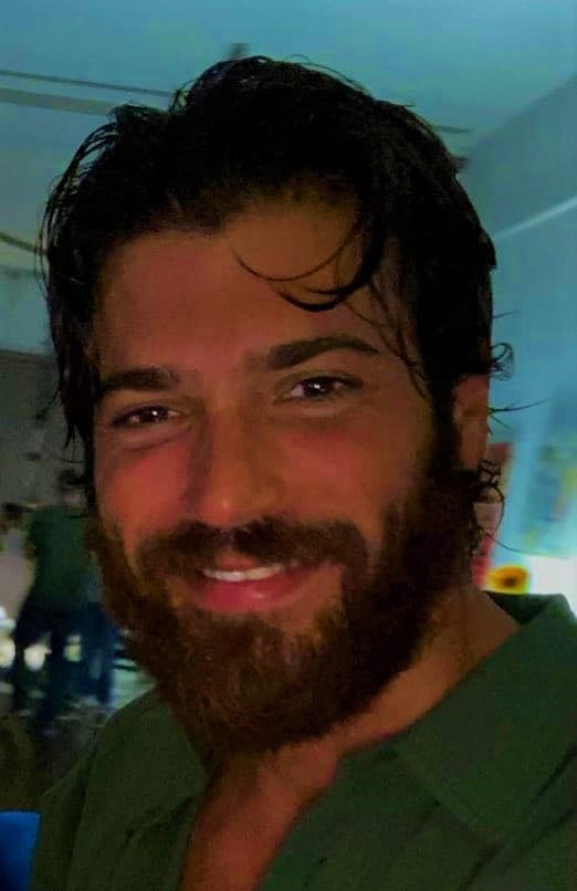 Can Yaman and Diletta more and more distant and there is talk of a break-up: the two choose the 'no comment'.
