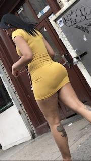 Brasileña hermosa nalgas vestido ajustado