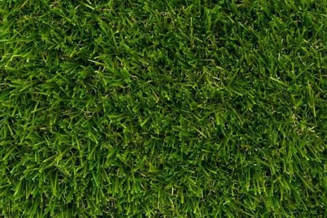 Τοποθετείται νέος χλοοτάπητας στο γήπεδο Μαριτσών