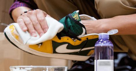 Cara Membersihkan Sepatu Adidas