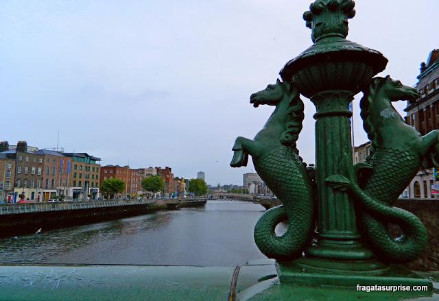 Rio Liffey em Dublin