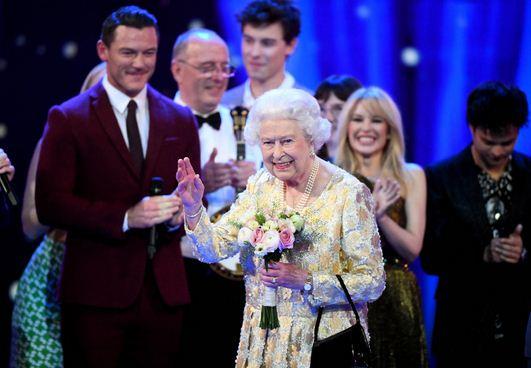 Queen Elizabeth celebrates 92nd birthday in style