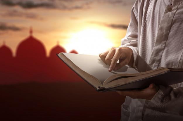 Membantah Pendapat Bid'ah Berdoa Setelah Shalat