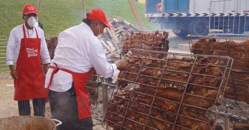 Chile y Argentina interesados en incluir Chancho al Palo en sus festivales gastronómicos