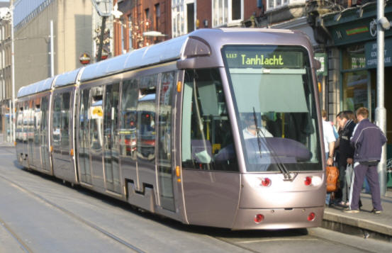 Fasilitas LRT
