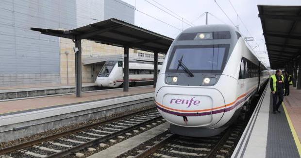 Un maquinista se baja del tren y abandona a los pasajeros porque había acabado su jornada