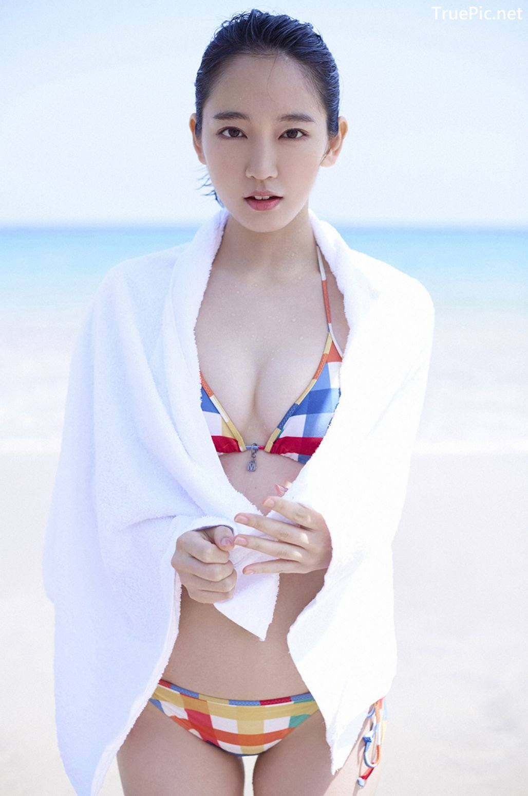 Image-Japanese-Actress-And-Model-Riho-Yoshioka-Pure-Beauty-Of-Sea-Goddess-TruePic.net- Picture-4