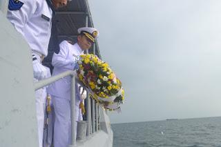 Hari Dharma Samudra Th 2020 Danlanal Cirebon Pimpin Upacara Tabur Bunga  Dan Jalin Tali Asih Kapada Para Veteran