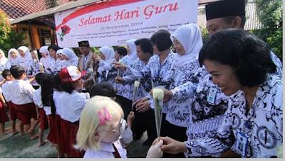 Perayaan Hari Guru di Indonesia - pustakapengetahuan.com
