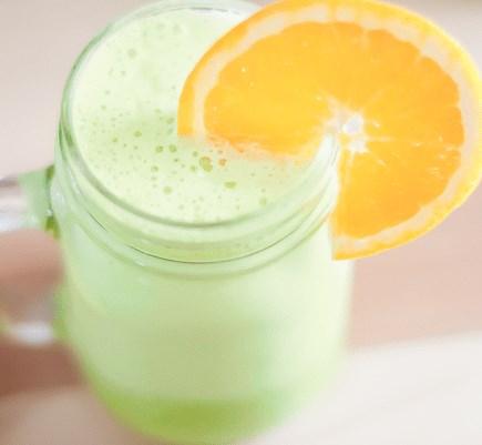 ORANGE PINEAPPLE GREEN SMOOTHIE RECIPE #drinks #smoohierecipes