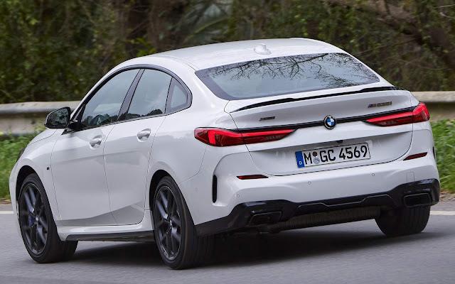 BMW Série 2 Gran Coupé M325i xDrive chega por R$ 308.950