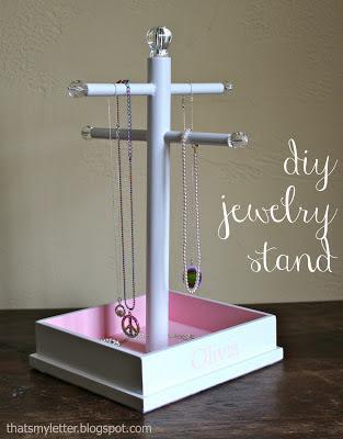 diy jewelry stand free plans