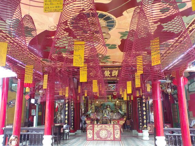 templo quang dong hoi an