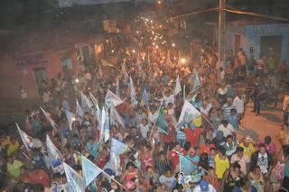 Prefeito Xixico Vieira com apoio do seu grupo político promove grande carreata com a participação de Pará Figueiredo,Junior Marreca e Junior Marreca Filho.