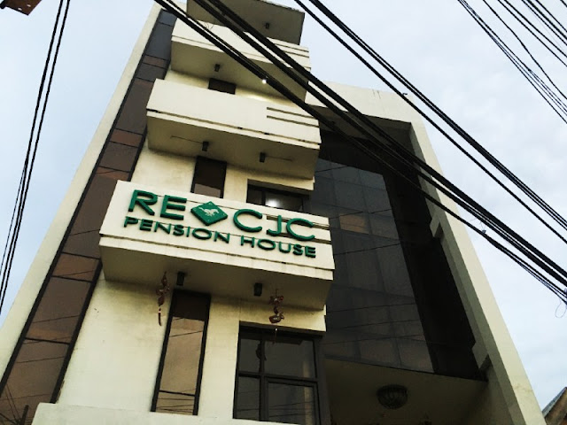 RE-CJC Pension House is a budget friendly accommodation in Cebu. Situated along the road, it is just a few minutes away from Mactan Cebu International Airport.