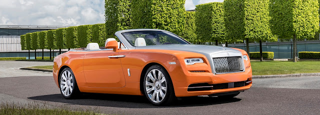 Pictures that show that Rolls Royce denotes luxury and royalty