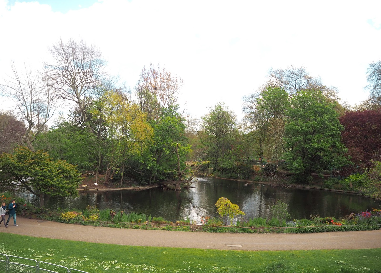 Postcards from London - St James Park