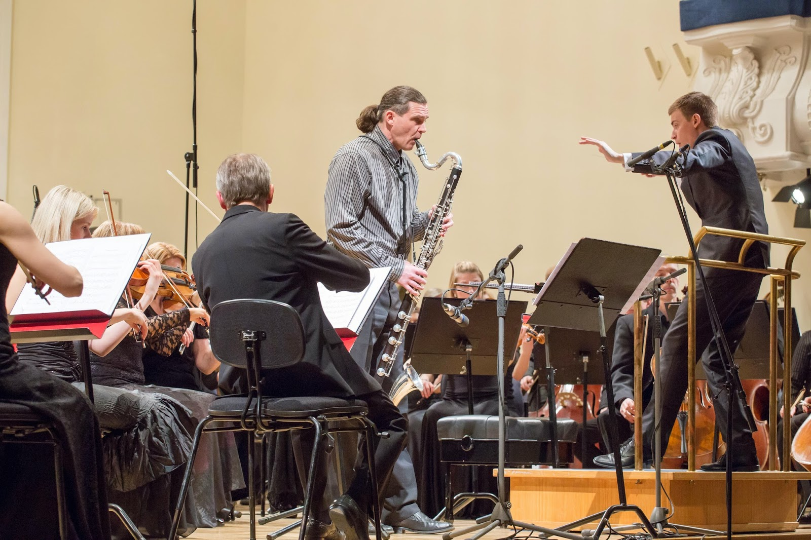 Bass clarinet player Meelis Vind, Taavi Kull and Estonian National Symphony Orchestra - photo Peeter Langovits
