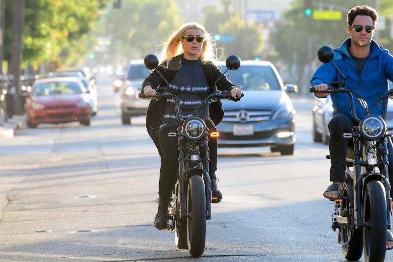 Emma Slater Riding a Bike on Ventura Blvd in Los Angeles 29 JUl -2020