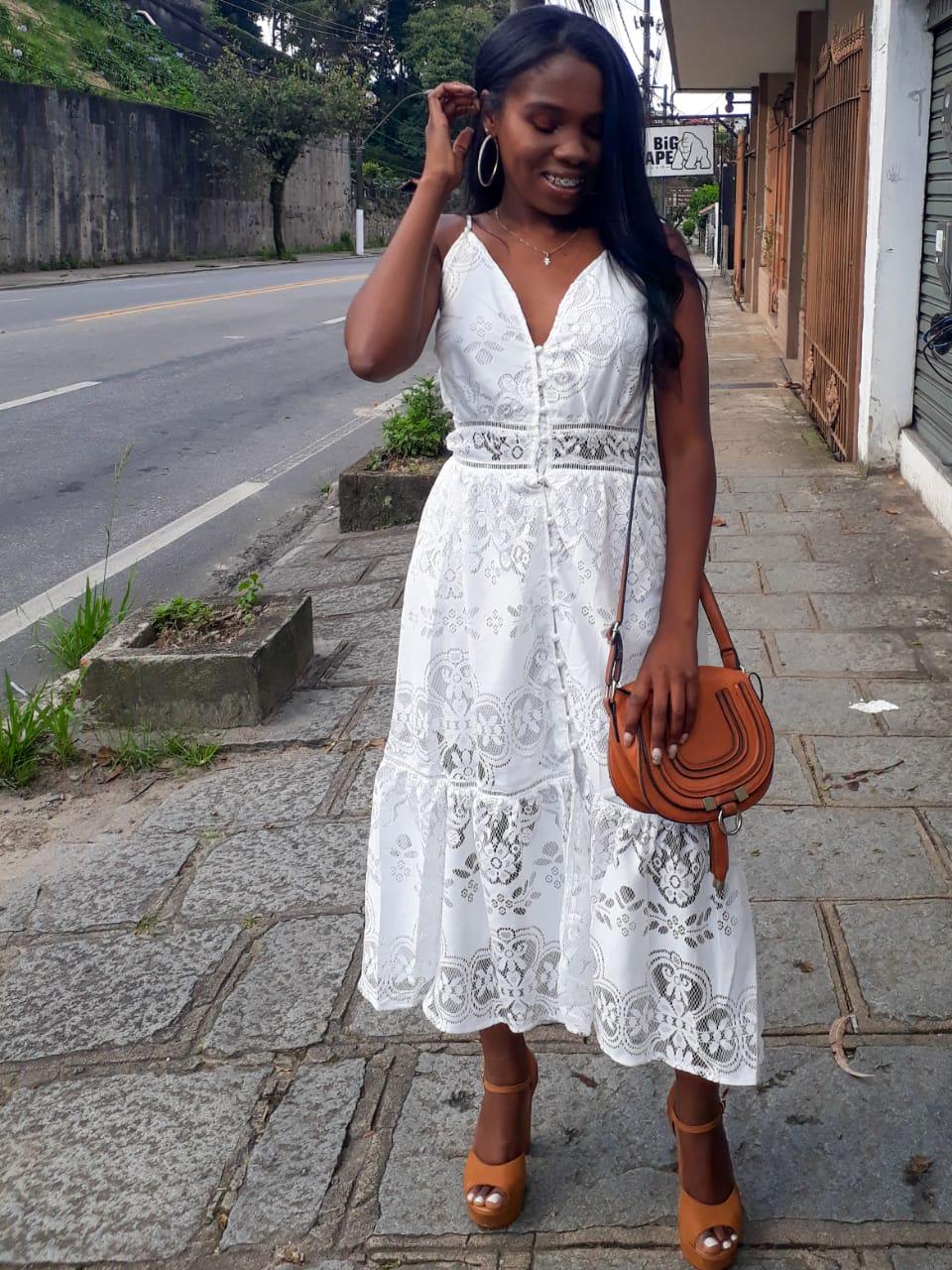 #PriVeste: Vestido midi rendado da Beavant Store